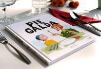 Grāmata Pie galda